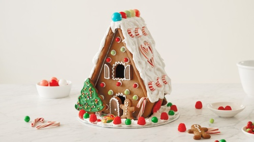 20-gingerbread-house1
