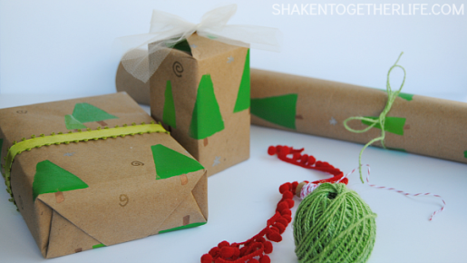 DIY-stamped-trees-gift-wrap-FEATURED.png